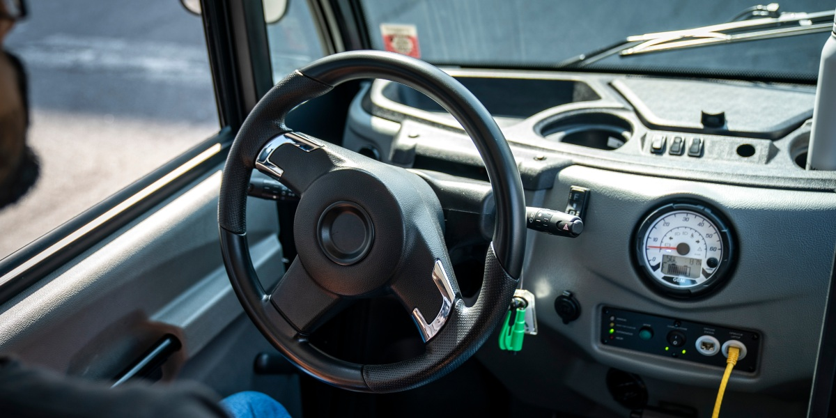 Draft of bipartisan driverless car bill offered by House panel - Roll Call