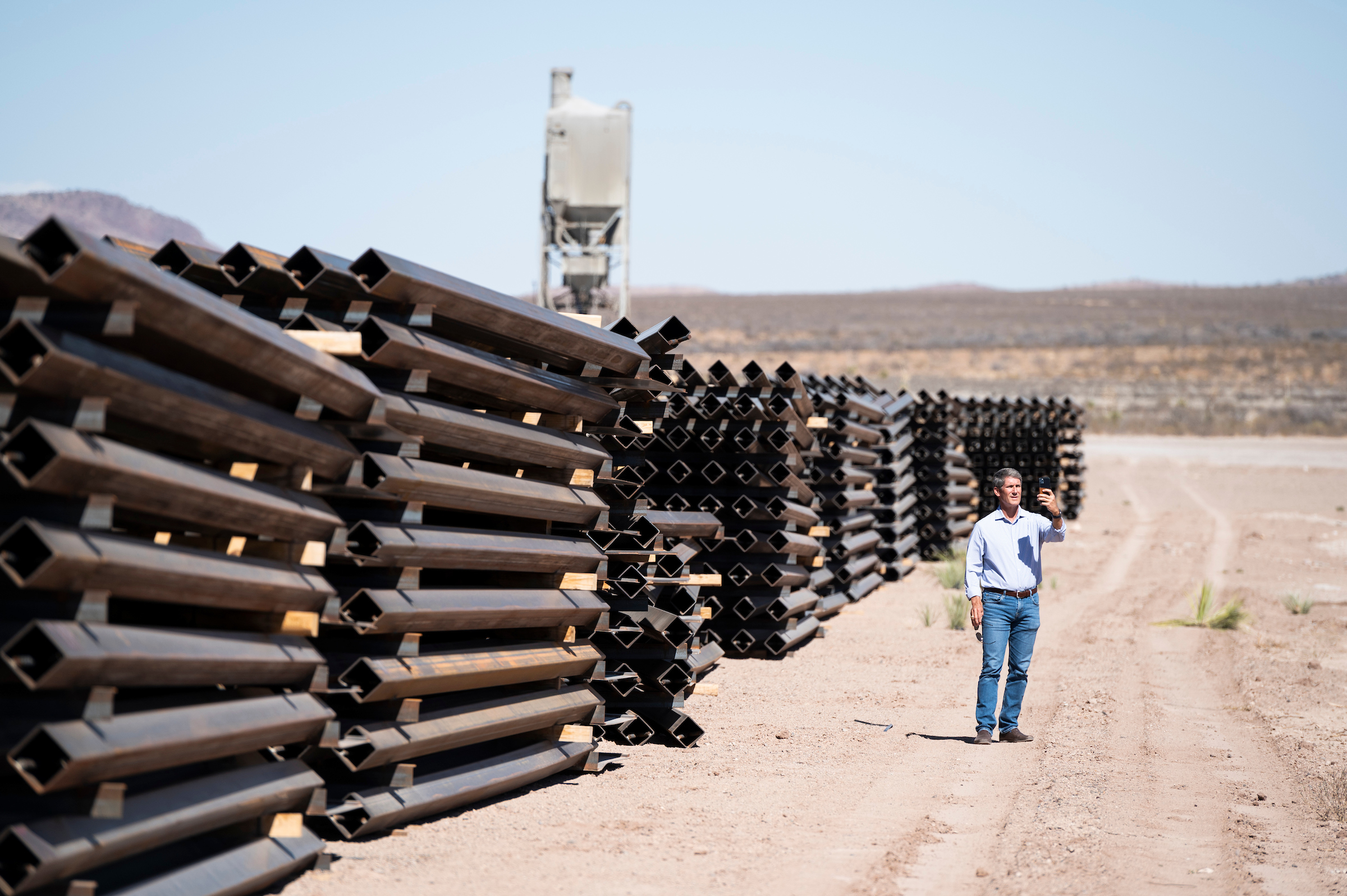 Biden administration offers plan for unused border wall funds thumbnail